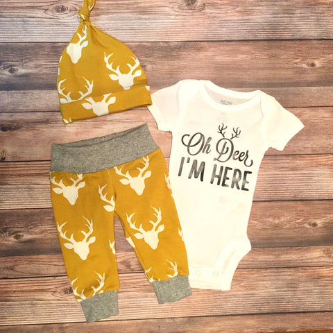 Oh Deer Newborn Outfit // Leggings, Onesie, hat