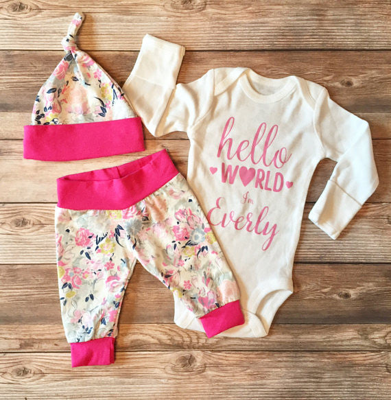 Ethereal Floral Hello World Coming Home Outfit, Newborn Outfit, Newborn Leggings, Newborn Hat