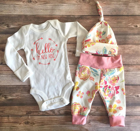 Blush Floral Newborn Coming Home Outfit