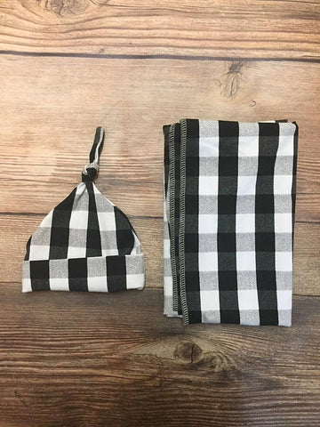 Black and White Buffalo Plaid Swaddle Set