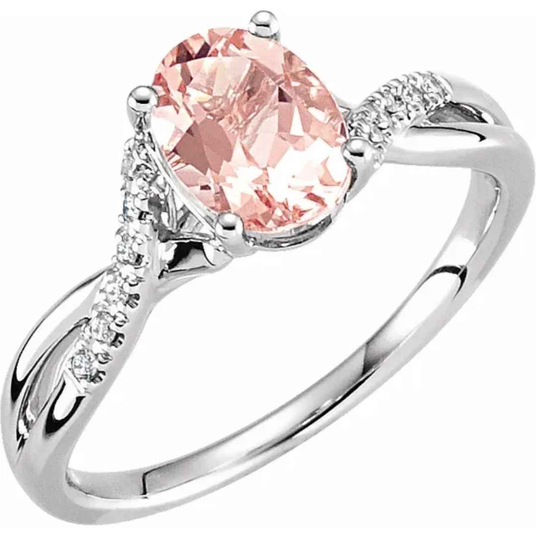 Women's Morganite engagement ring