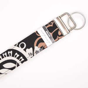 WHITE BLACK TAN DESIGN 25 Key Fob Wristlet