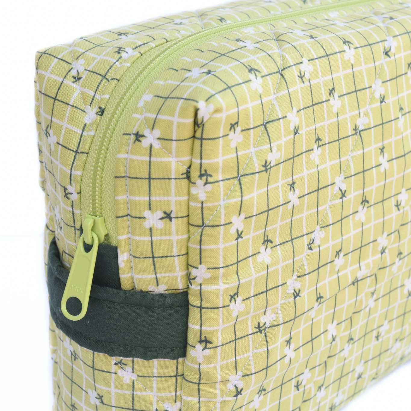 LIME SQUARES - Large Toiletry Bag