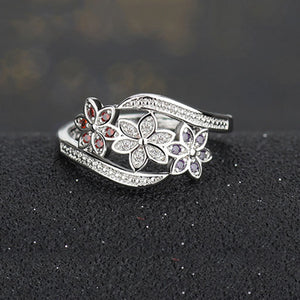 Beautiful Three Color Flower Ring - Freedom Look