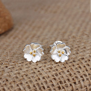 Lovely Flower Shape Earrings - Freedom Look