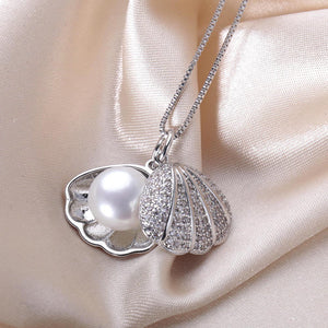 High-Quality Shell Pendant Necklace With Gift Box - Freedom Look