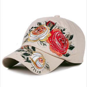 Floral Hat for Summer 2017 - Freedom Look