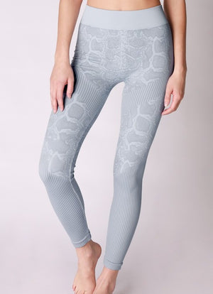 SNAKE PRINT LEGGINGS - Penny Lane Boutique