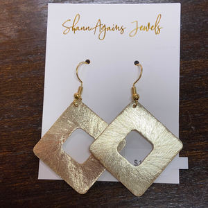 THINK OUTSIDE THE BOX EARRINGS - Penny Lane Boutique