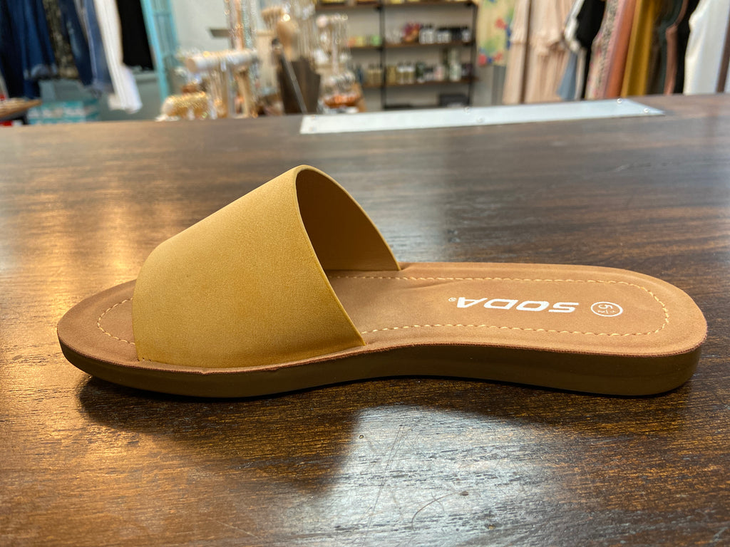 EFRON SANDAL - Penny Lane Boutique