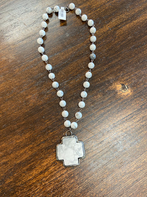 CROSS PENDANT NECKLACE - Penny Lane Boutique