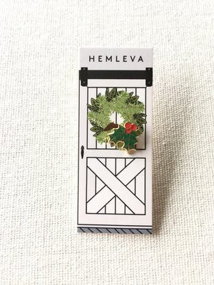 Hemleva-Holly Jolly Enamel Pin
