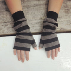 Fairtrade Yak and Merino Wristwarmers in beige and black