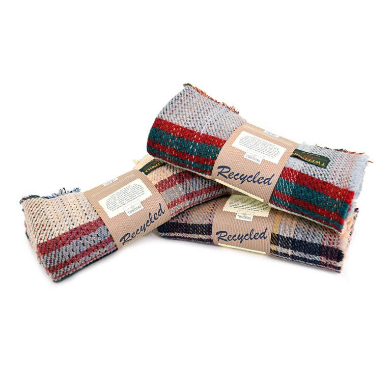 sustainable random recycled wool picnic rug