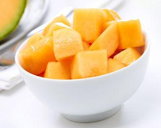 Cantaloupe Chunks - 8oz clamshell, Trusted Harvest