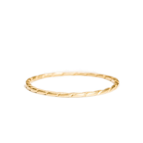 <!--RG576-->maya twist stacking ring