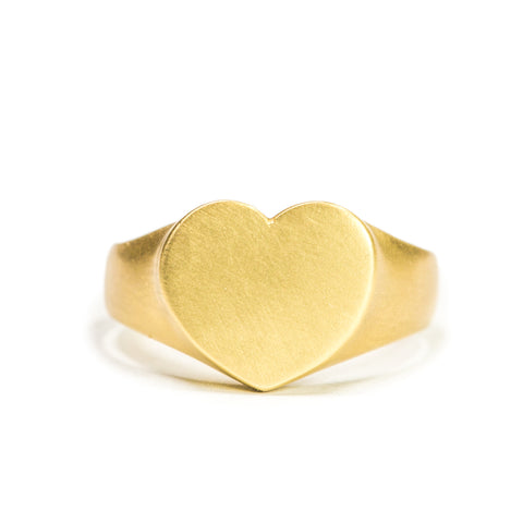 <!--RG452 14k-->heart personalized signet ring 14k