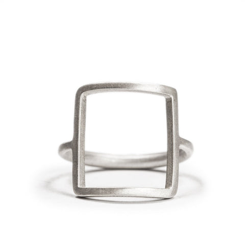 <!--RG337-->open square ring