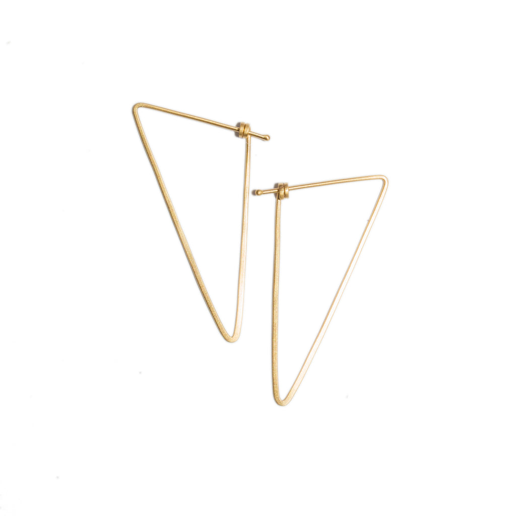 <!--ER859-->small scalene dainty hoops