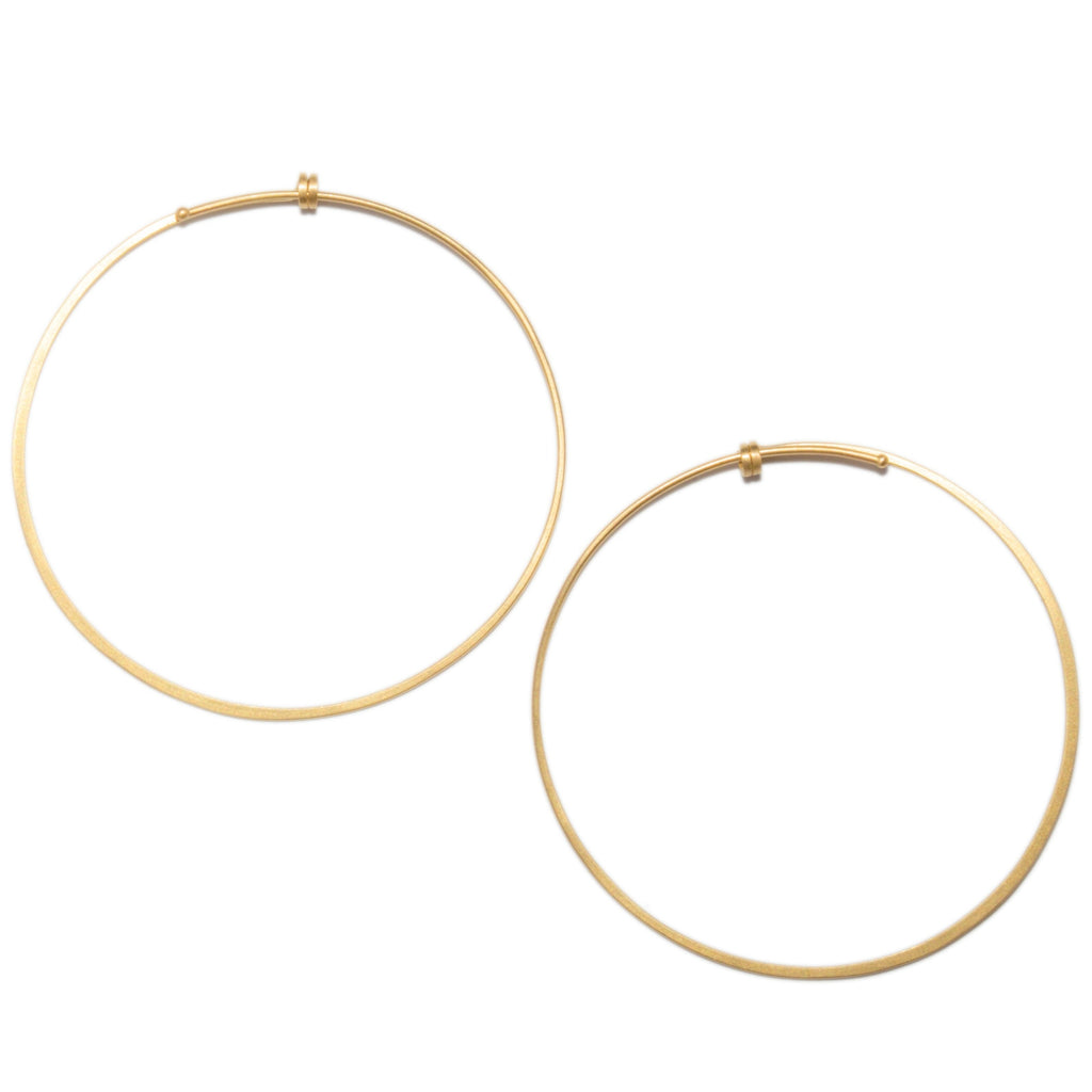 <!--ER611-->medium dainty hoop earrings