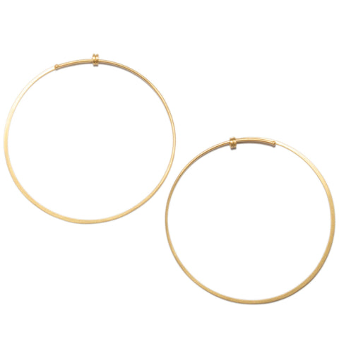 <!--ER611-->medium round dainty hoop earrings