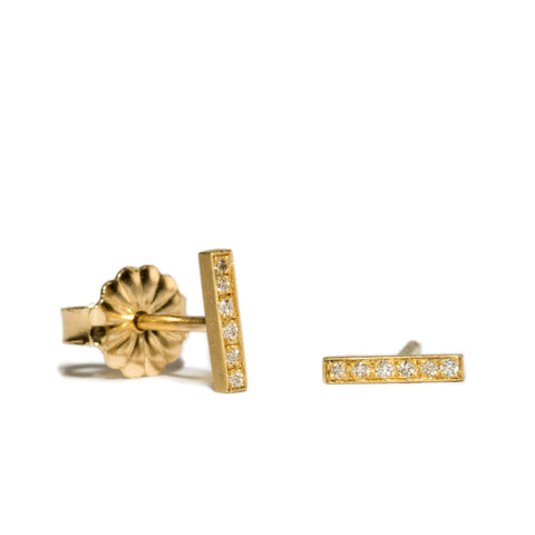 <!--ER670dia-->pavé edgy bar stud earrings