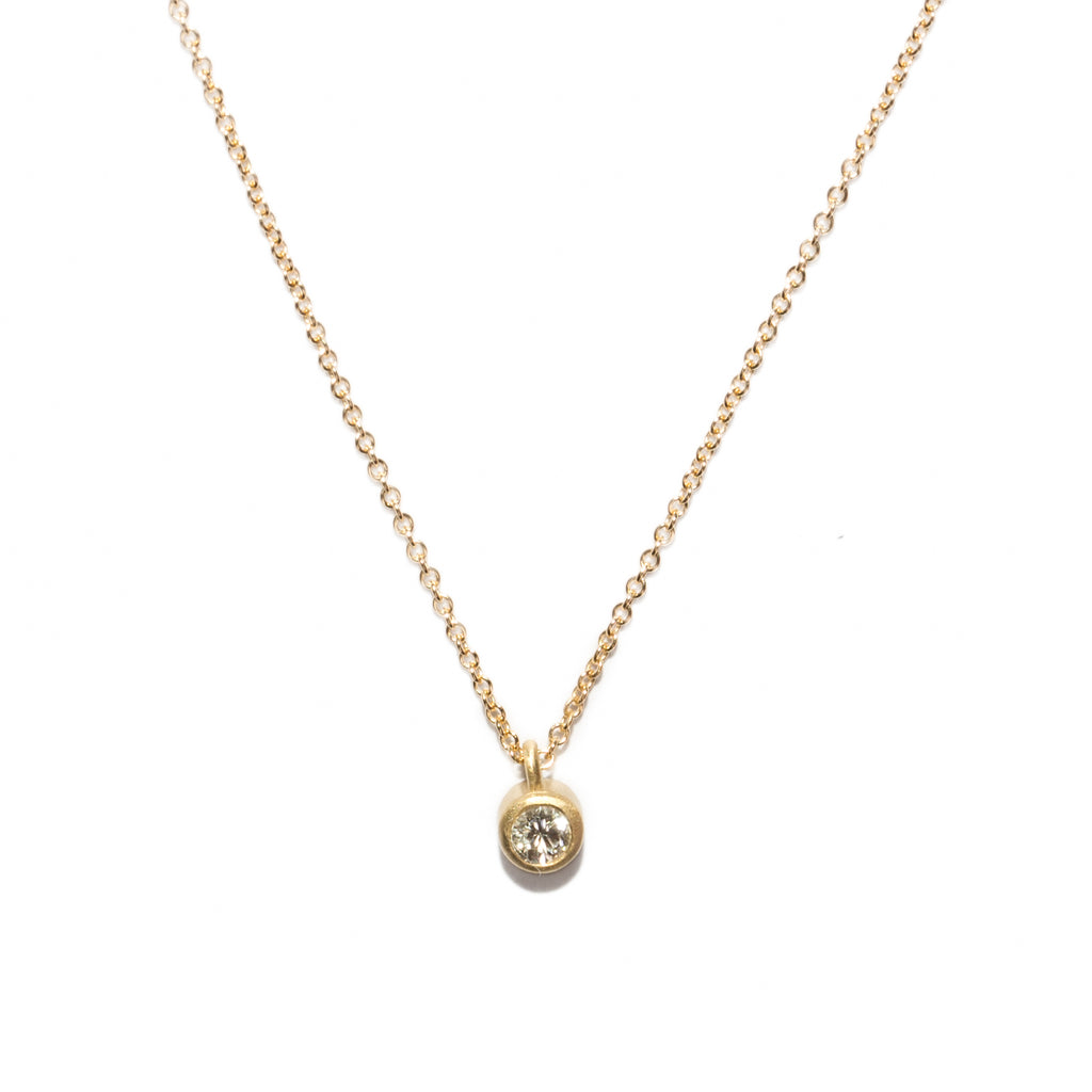 <!--NK674-->large dainty necklace with diamond