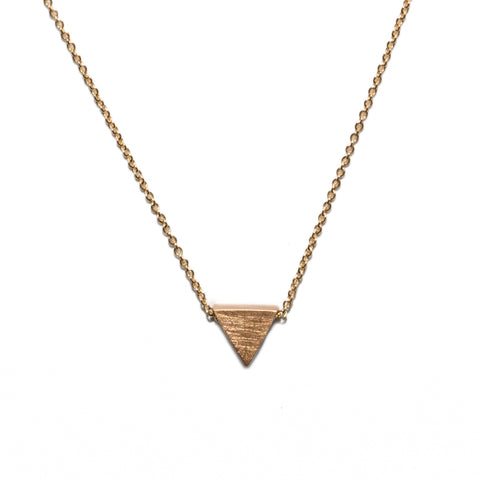 <!--NK166-->triangle button necklace