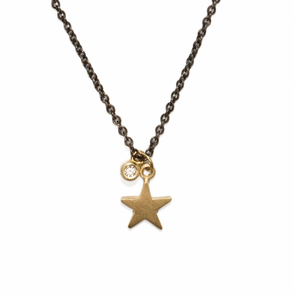 <!--NK194-->shooting star necklace with diamond