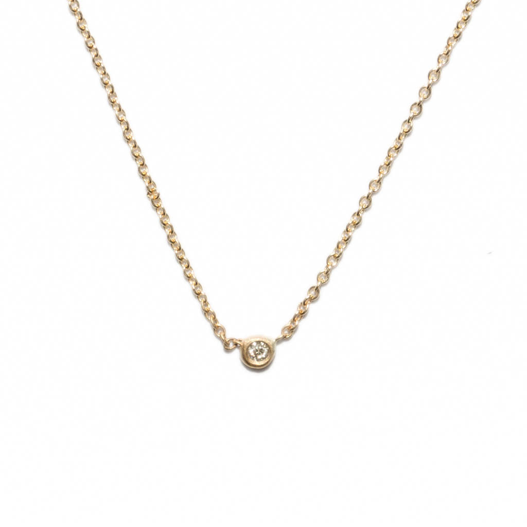 <!--NK700dia-->itty bitty circle necklace with diamond