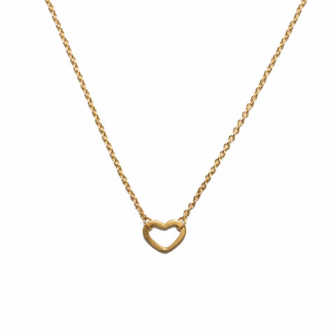 <!--NK889-->wee heart necklace