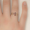 <!--RG258-->dainty ring with gem