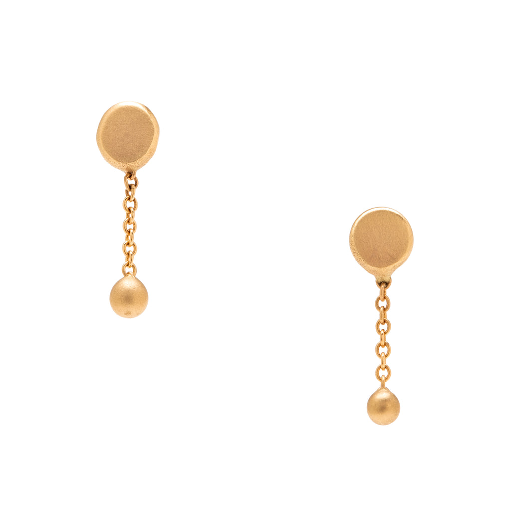 <!--ER913--> short round ball and chain earrings