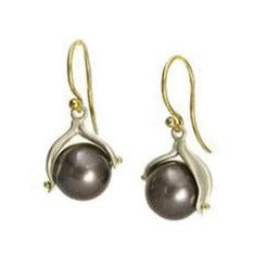 <!--ER595-->pearl double leaf earrings