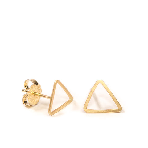 <!--ER775-->mini triangle stud earrings