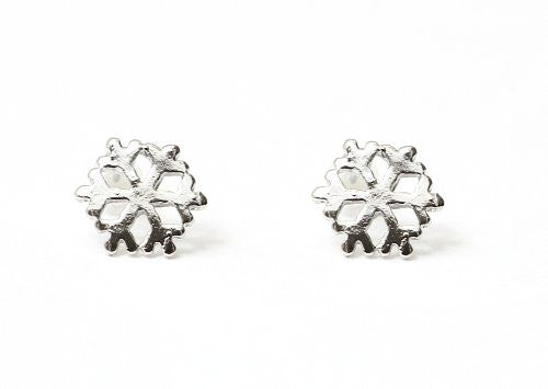 Snowflake Stud Earrings Vintage Snow EA03 Winter Holiday Christmas Silver Tone Posts Fashion Jewelry