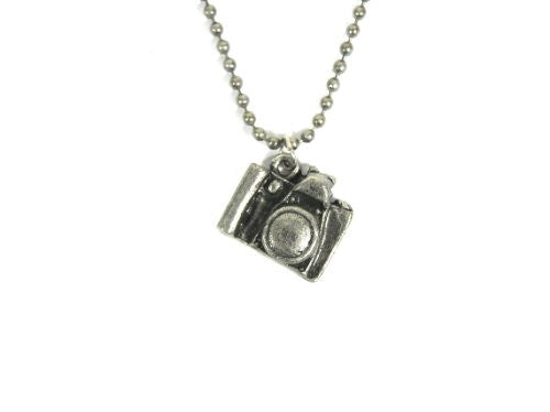 Small Silver Tone Camera Charm Necklace Vintage NB17 Photographer Dog Tag Chain Pendant Fashion Jewelry