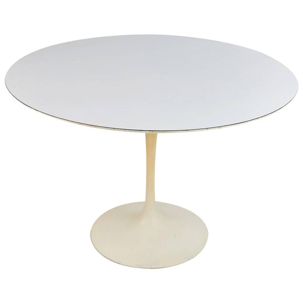 Tulip Dining Table by Eero Saarinen for Knoll Associates