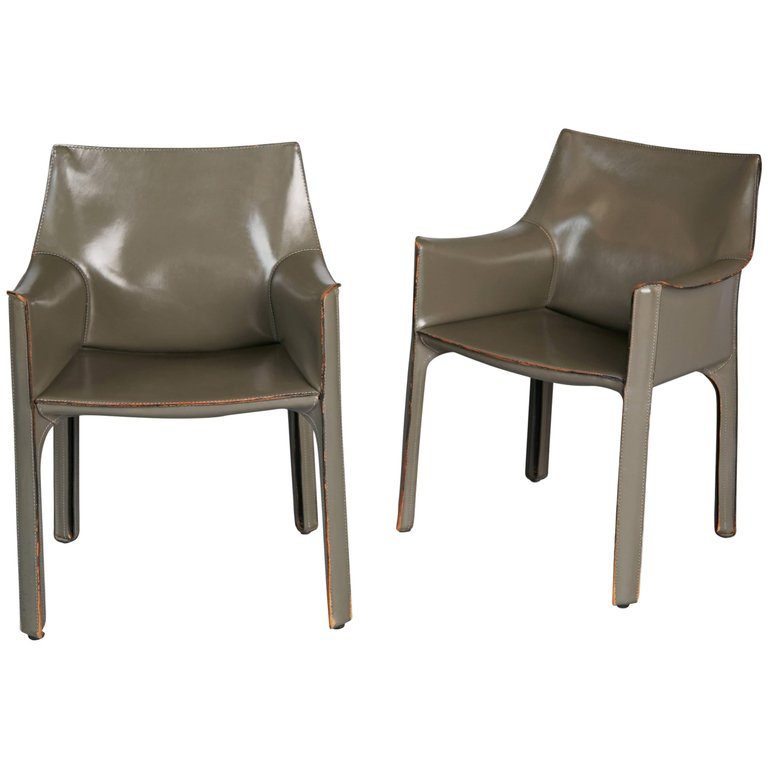 *SOLD* Mario Bellini Pair of Grey Leather Cab Armchairs for Cassina, Italy