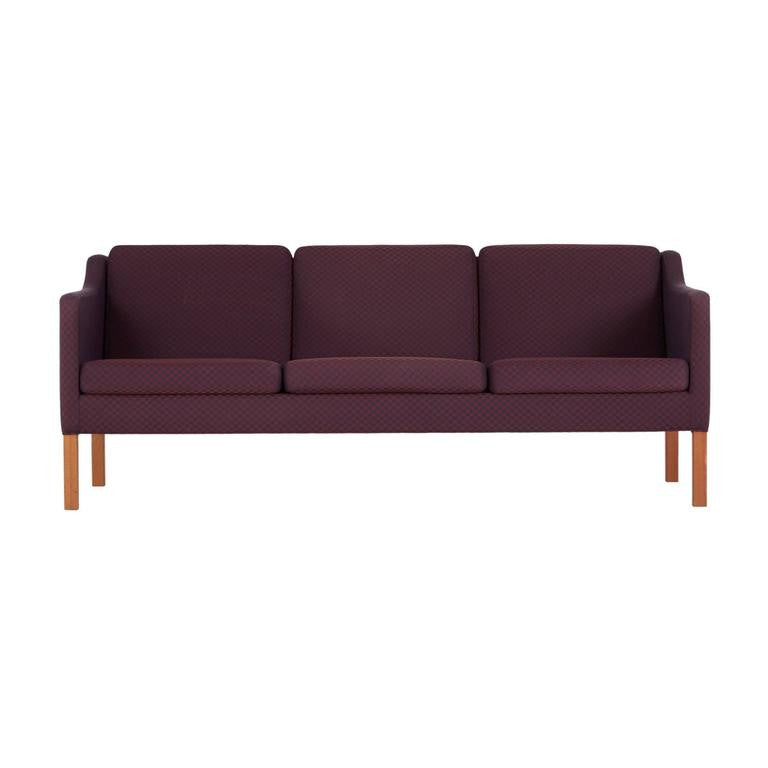 *SOLD* Model 2523 Sofa by Børge Mogensen for Fredericia Stolefabrik, Marked