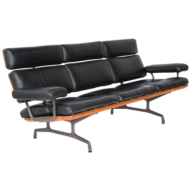 Charles Eames Three-Seat Sofa by Herman Miller, Rare 1st Year Production