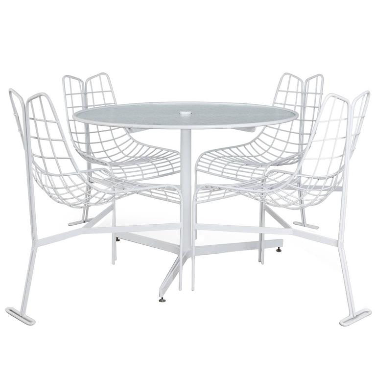 "Vladimir Kagan ""Capricorn"" Outdoor Dining Chairs and Table, circa 1958, Restored"