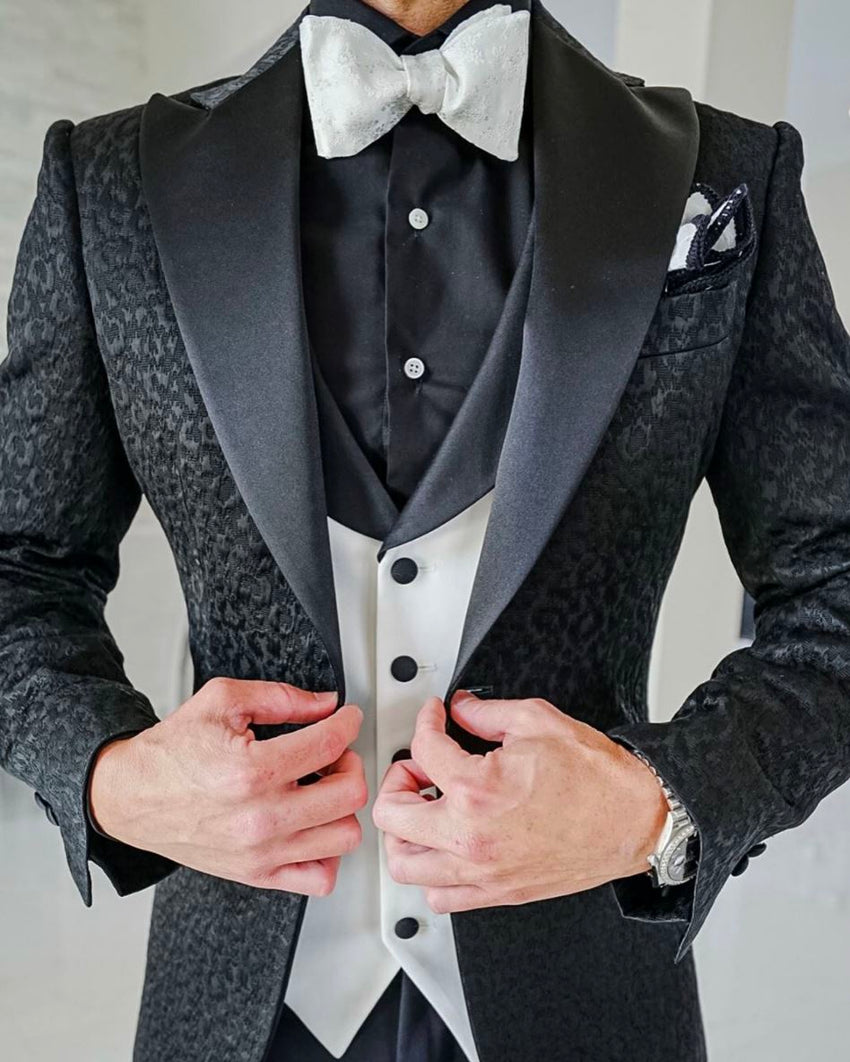 The Ultimate Tuxedo Checklist