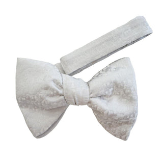 Bianca Carnation Bow Tie - Sebastian Cruz Couture