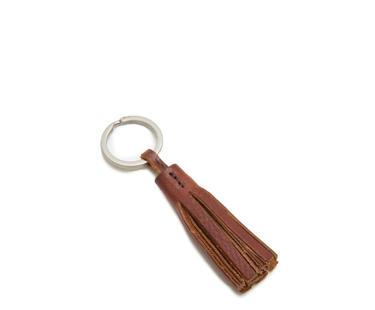 "Espresso Hover Full-grain American leather Steel key rings with matte nickel finish Handcrafted with care in our own factory Dimensions: 4.5"" L"