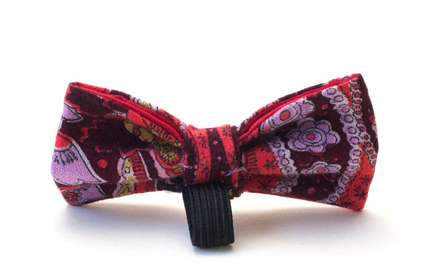 Boho dog bow showing elastic loop