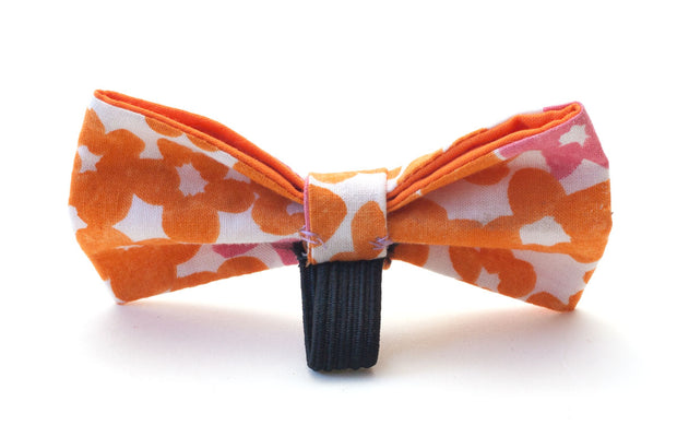 Calypso fabric dog bow showing elastic loop