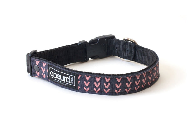 neoprene dog collar with Sporty pink design