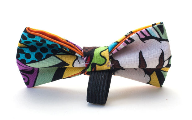 Sweet Tooth dog bow showing elastic loop