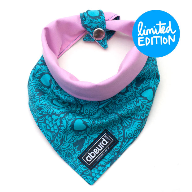 reversible dog bandana with press stud fastening